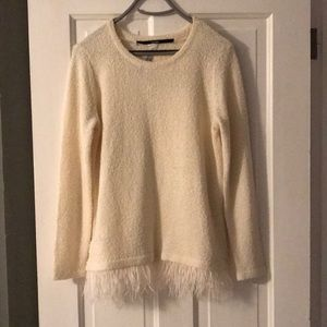 Kensie cream colored sweater NWT